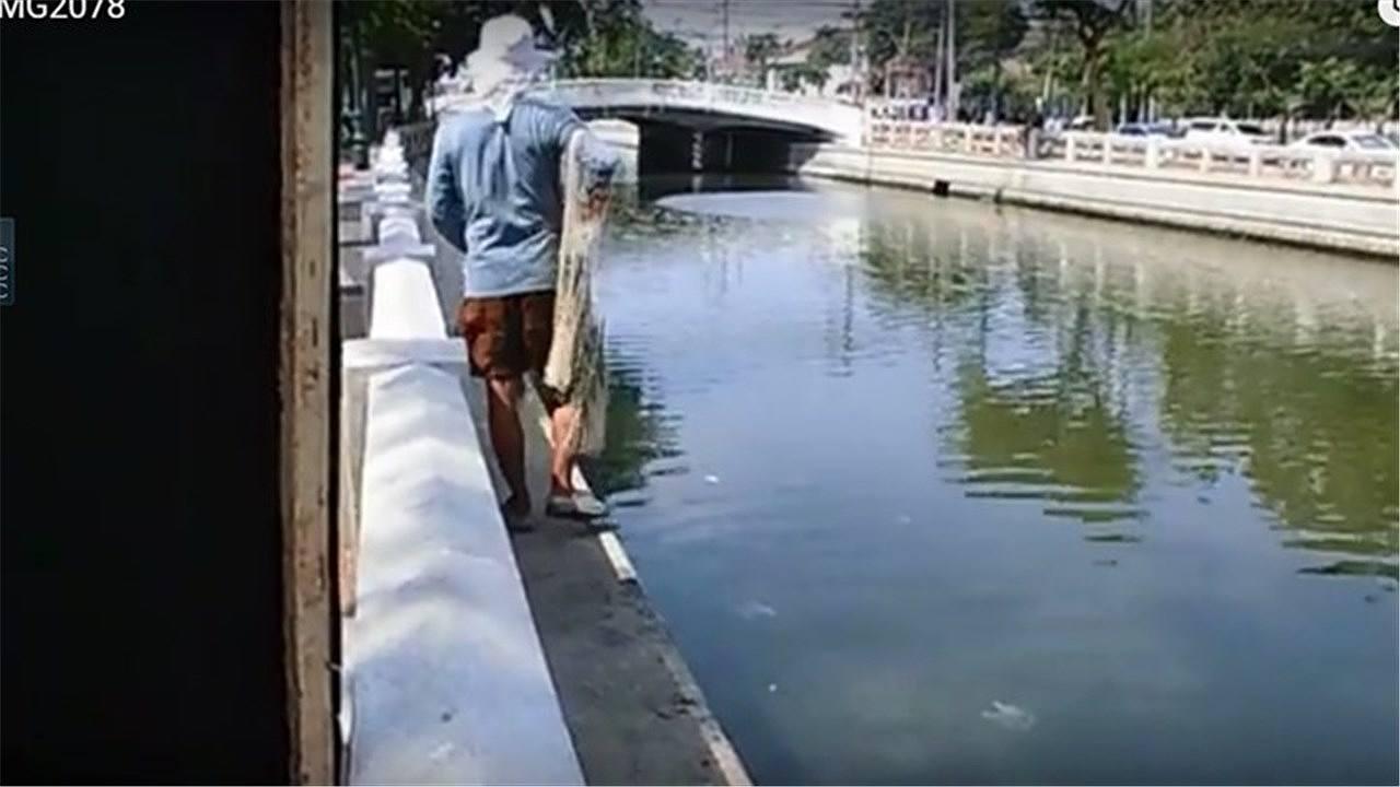 魚とりのおじさん